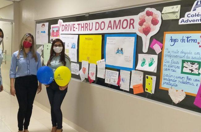 Estudantes de Barreiras-BA prestam homenagem a profissionais da UTI AMH Especialidades